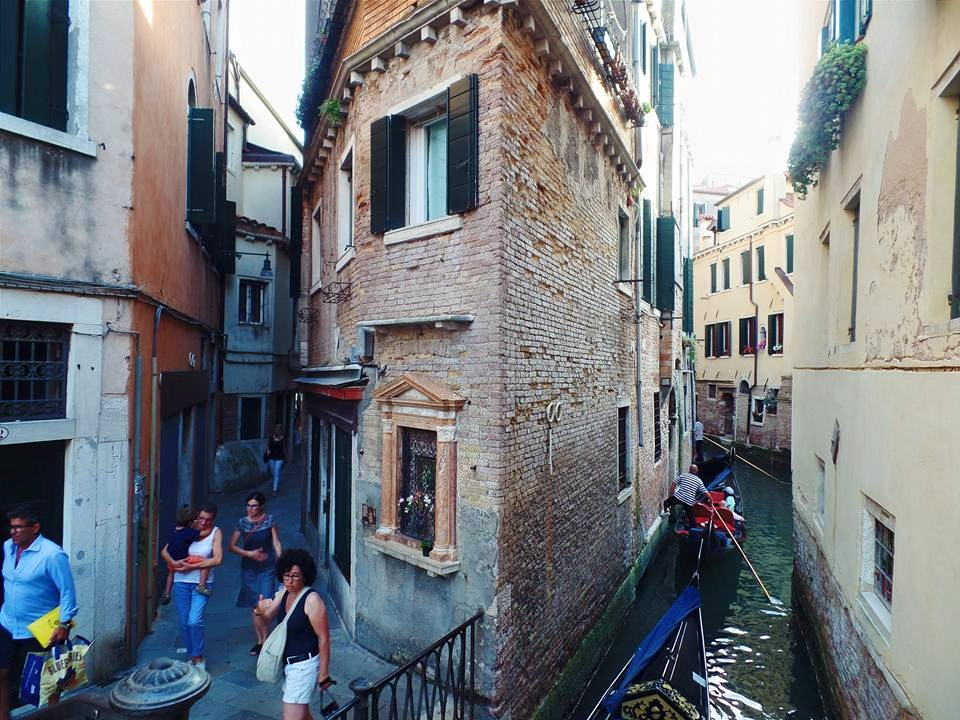 Roaming the alleyways of Venice