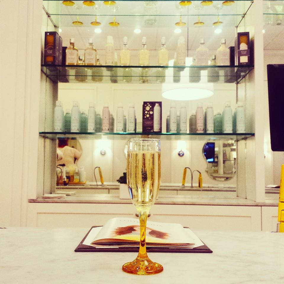 Champagne, blowouts, and chick flicks at Drybar